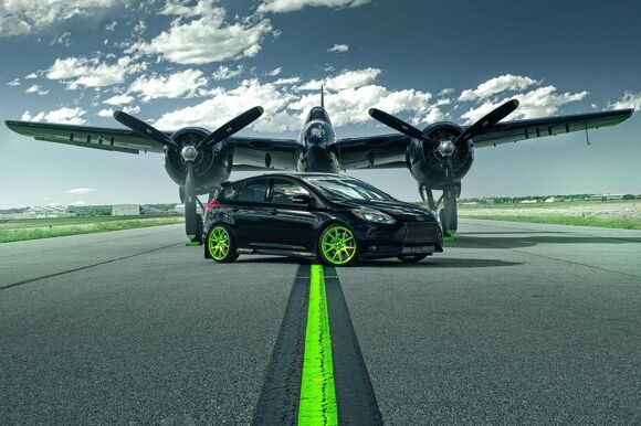 ford-focus-st-green-wheels